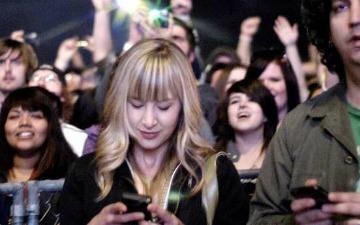 smartphone multi-tasking