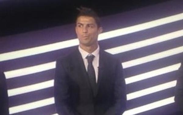 Cristiano toy tiste taringa for Oficina atencion al socio real madrid