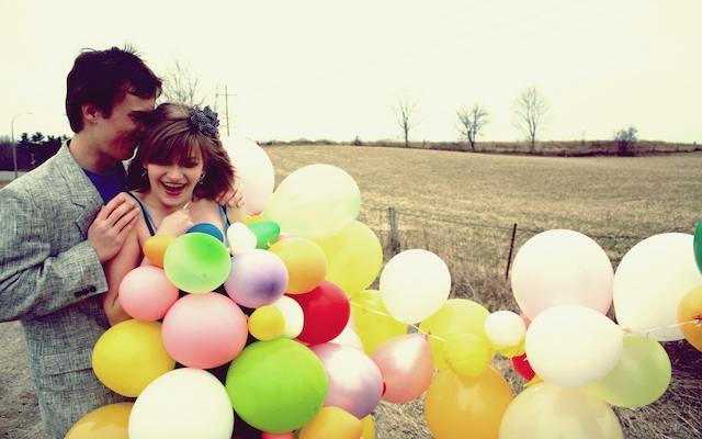 couples-balloons