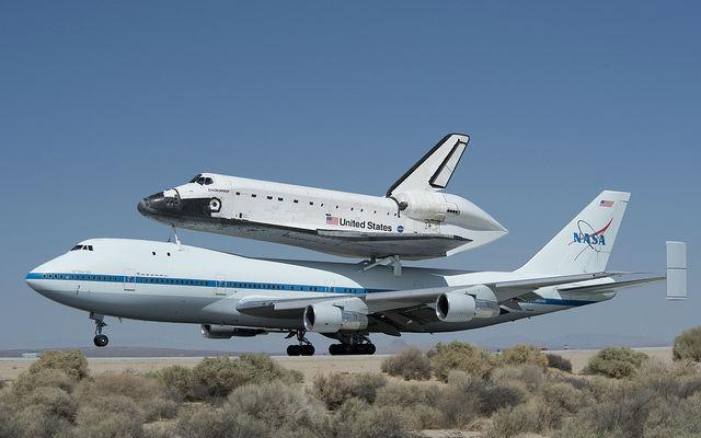 Shuttle Endeavor Space Shuttle Endeavor Left