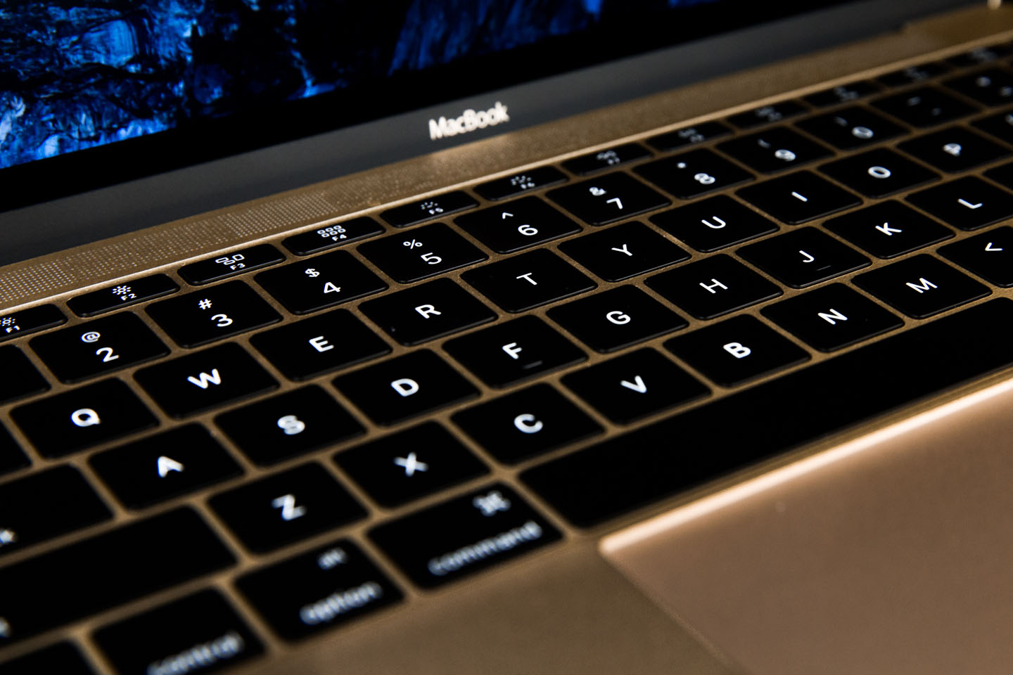 how to use bluetooth keyboard with macbook pro