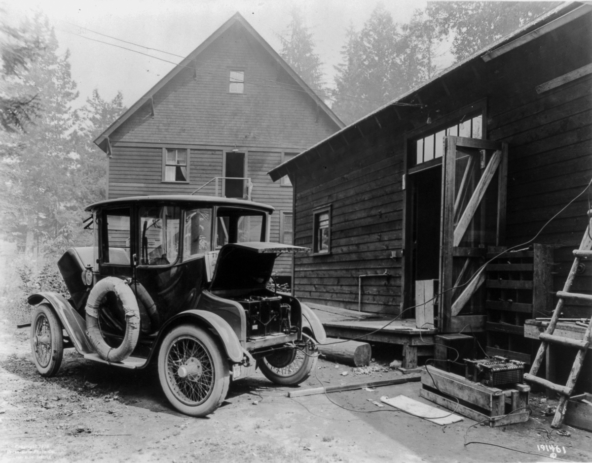 Early electric cars were so easy to use, they were ...