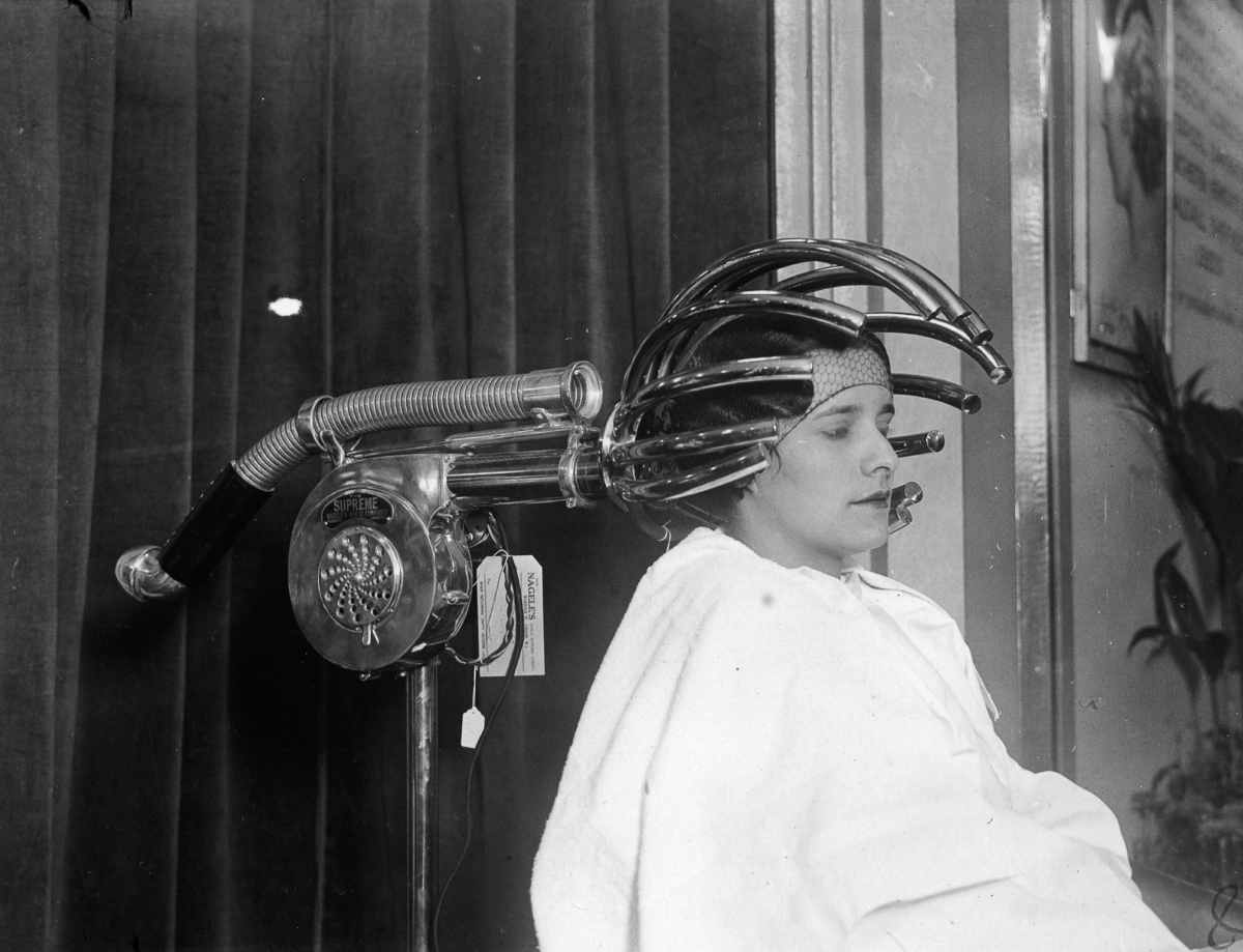 These Early Hair Dryers From The 1920 S Look Like They Are