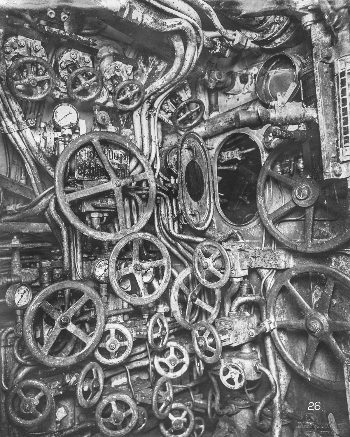 The inside of a WWI submarine was creepy and claustrophobicMashable