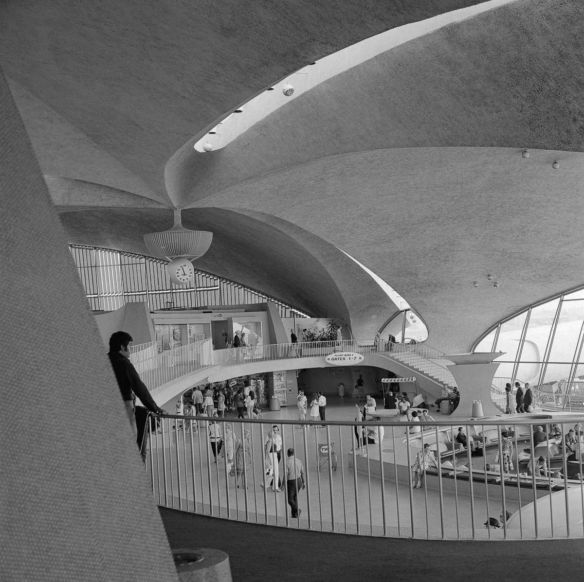 The old twa flight center was a shrine to minimalist design for Hotel at jfk airport terminal
