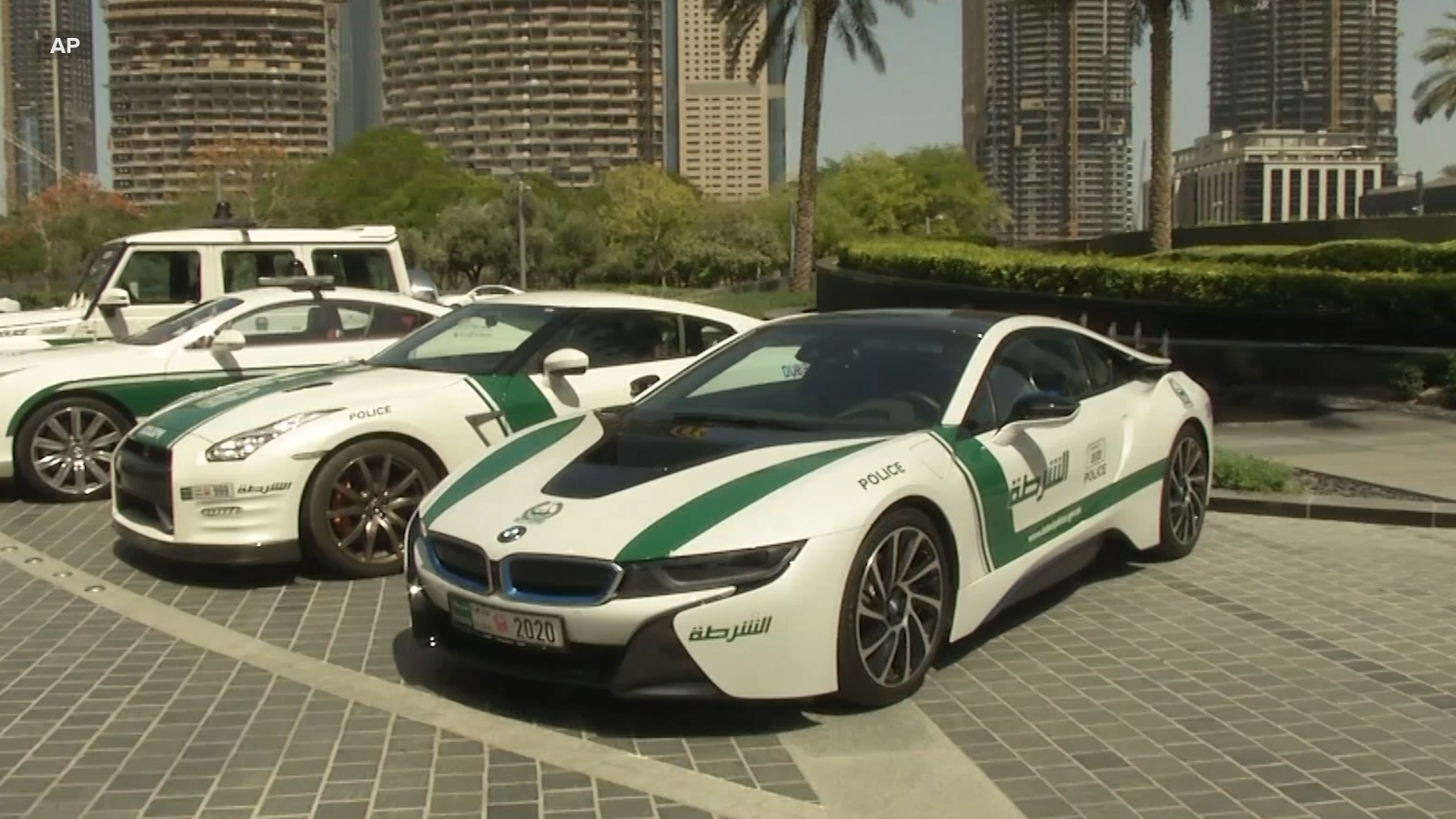 Dubai Now Uses Lamborghinis And Other Luxury Cars As Police Vehicles